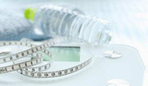 水太りのダイエット方法!解消するストレッチと食べ物で痩せる!