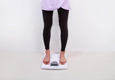 ダイエットで体重が減らない原因!食事制限や運動を見直そう!